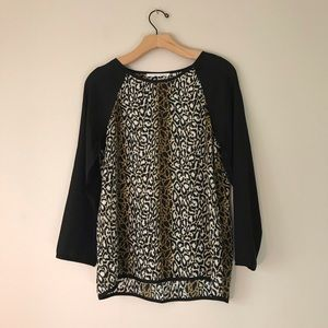 Violet + Claire 3/4 sleeves animal print top